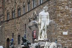 Neptun (grasso.gino) Tags: italien italy italia toskana toscana tuscany florenz firence nikon d7200 brunnen fountain figur figure neptun