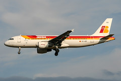 EC-IEG (PlanePixNase) Tags: aircraft airport planespotting bru ebbr brussels brüssel bruxelles zaventem airbus 320 a320 iberia