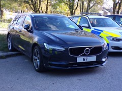 6405 - Cumbria Police - Volvo V90 Estate - 101_2837 (Call the Cops 999) Tags: uk gb united kingdom great britain england 999 112 emergency service services vehicle vehicles cumbria police fire ambulance open day kendal saturday 27 october 2018 constabulary unmarked volvo v90 estate road roads policing unit rpu law and order enforcement