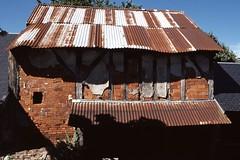 Vieux lavoir de Brou (Philippe_28) Tags: brou 28 eureetloir france europe argentique analogue camera photography photographie film 135 lavoir slide transparency diapositive