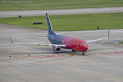 "Alaska Airlines ""More To Love"" Boeing 737-990 N493AS (Harry Gaydosz) Tags: airplanes aircraft alaskaairlines moretolove boeing n493as kpit pittsburghinternationalairport"