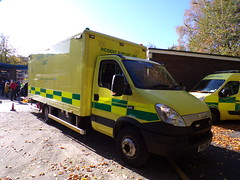 6403 - NWAS - PE14 UNB - 101_2813 (Call the Cops 999) Tags: uk gb united kingdom great britain england 999 112 emergency service services vehicle vehicles cumbria police fire ambulance open day kendal saturday 27 october 2018 nwas north west iveco daily incident support unit isu pe14 unb