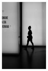 silhouette (Pascal.M (bong.13)) Tags: musée romanité nimes gard sonyrx100 noiretblanc blackandwhite france