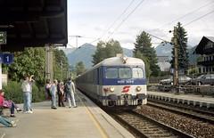 1993-09-18 Railway Station Kitzbühel (beranekp) Tags: austria österreich railway station kitzbühel eisenbahn bahnhof železnice nádraží zug train people