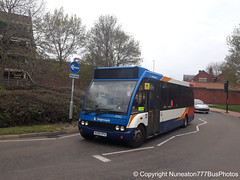KX55PFV 47412 Stagecoach Midlands (Northamptonshire) in Wellingborough (Nuneaton777 Bus Photos) Tags: stagecoach midlands optare solo kx55pfv 47412 wellingborough