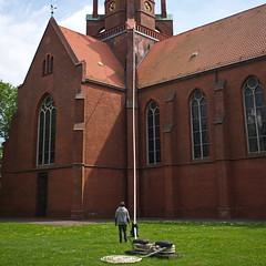 Festmacher - Mooring (RadarO´Reilly) Tags: building church architecture kirche rope architektur tau gebäude seil hawser germany wilhelmshaven trosse tampen