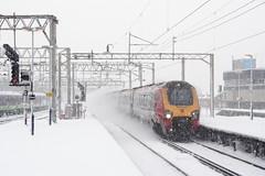 20090202 017 Watford Junction. An Unidentified Voyager Heads Down (15038) Tags: railways trains br britishrail diesel dmu class221 watfordjunction