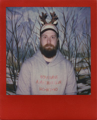 Die Hard Christmas (Magnus Bergström) Tags: polaroid polaroid680slr polaroidoriginals polaroidslr680 instant film instantfilm red metallic redmetallic 600 sweden värmland wermland portrait deje forshaga christmas xmas