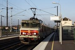 20081023 004 Vitry-le-François. 15004 TER Train 839103, 07.35 Paris Est - Bar-le-Duc (15038) Tags: railways trains sncf france bb15000 electric locomotive vitrylefrançois