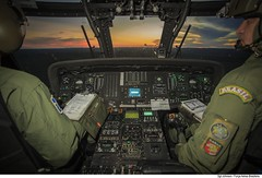 H-60L Black Hawk (Força Aérea Brasileira - Página Oficial) Tags: 7gav8 blackhawk cpbv cpbvcampodeprovasbrigadeirovelloso cachimbo campodeprovasbrigadeirovelloso fab forcaaereabrasileira forçaaéreabrasileira fotojohnsonbarros h60lblackhawk helicoptero sikorskyh60lblackhawk brazilianairforce cabine