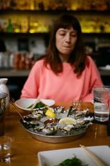000016980010 (sadjeans) Tags: leicacl rangefinder 7artisans35mmf2 digitalcolorimagelab kodakportra800 35mm film emcseafood westfieldsantaanita arcadiamall oysters