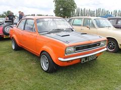 PLJ 920G - 1969 Vauxhall Viva 1200 (quicksilver coaches) Tags: vauxhall viva hb plj920g stockwoodpark luton