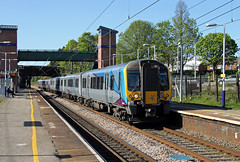 350403 350410 Leyland (CD Sansome) Tags: leyland station train trains wcml west coast main line tpe first trans pennine express transpennine desiro 350 350403 350410