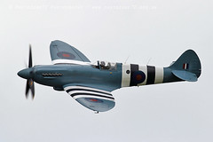 1278 BBMF Spitfire PM631 Andy P (photozone72) Tags: dunsfold dunsfoldpark bbmf rafbbmf raf spitfire pm631 aviation aircraft airshows airshow wingswheels canon canon7dmk2 canon100400f4556lii 7dmk2