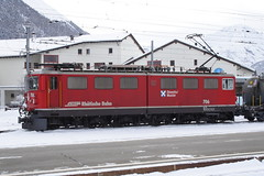 20101130 011 Samedan. 706 (15038) Tags: railways trains switzerland rhaetianrailway rhätischebahn ferroviaretica viafierretica rhb ge66ii electric locomotive samedan 706
