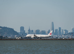 japan airlines flight jl 1 takeoff for tokyo haneda (pbo31) Tags: sanfranciscointernational sfo sanmateocounty color airport airline travel aviation bayarea california nikon d810 june 2019 boury pbo31 plane flight skyline city salesforce takeoff japan toyko boeing 787 jal runway rotation lift