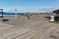 Costa Adeje, Santa Cruz de Tenerife, Canary Islands, Spain (wildhareuk) Tags: beach canaryislands canon canoneos500d costaadeje palapas playasdetroya sea spain tamron18270mm tenerife tenerife2019 water boardwalk tamron img9418dxo