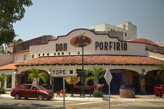 DSC_0915 (Andy961) Tags: mexico oaxaca huatulco sanacruz lacrucecita don porfirio restaurant restaurants seafood