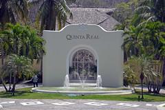 DSC_0920p1 (Andy961) Tags: mexico oaxaca huatulco santacruz lacrucecita gate gates gateway arch