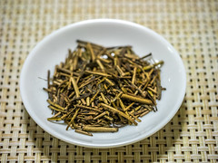 P2000052 (Darjeeling_Days) Tags: panasonicdmcgm1 lumix45mmf28 茶 tea 日本茶 ほうじ茶 茎茶 高遠ほうじ茶