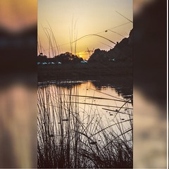 Dusk is just an illusion because the sun is either above the horizon or below it #2k19 #FFUI_photography #Camera_gear #canon_750d_evening_click #photography📷 #sunset_pics #mountain_world #pic_of_the_day📷 #scnzkuchaisayhain❤✌ #simply_pe (FFUI) Tags: ffuiphotography sunsetpics naturephotography cameragear simplyperfection riverlife mountainworld attractivephoto canon750deveningclick picoftheday hometown scnzkuchaisayhain 2k19 photography
