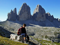 Tre Cime di Lavaredo / Drei Zinnen (Vid Pogacnik) Tags: italy mountain landscape outdoors italia hiking dolomites dolomiti dreizinnen trecimedilavaredo sextendolomites