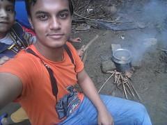 Trying to cook with my nephew -- Ayemun Hossain Ashik (ahashik) Tags: ayemun hossain ashik ayemunhossainashik ahashik ah village cook