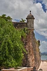La Muralla del Viejo San Juan (guillecabrera) Tags: muralla wall defense colonial spanish fortification garita historic oldsanjuan puertorico sonya7iii tamron 2875mmf28e
