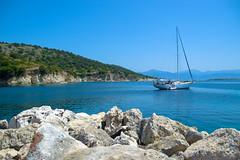 Holiday Photo 101 (JamieDieu) Tags: nikond3300 greece nikon digital nikkor 18200mm lefkada boat rocks holiday vacation