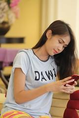 Portrait (ChalidaTour) Tags: thailand thai asia asian girl portrait femme nina woman teen twen beautiful petite phone iphone