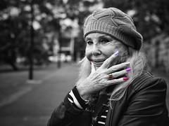 gnarly nails (gro57074@bigpond.net.au) Tags: gnarlynails paintedfingernails fingernails newtown camperdownpark f40 2470mmf28 tamron d850 nikon selectivecolour spotcolour woman streetportrait portrait posed