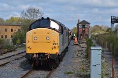 37227 Princes Risborough (Gibbo's Rail Adventures) Tags: 37227 princes risborough