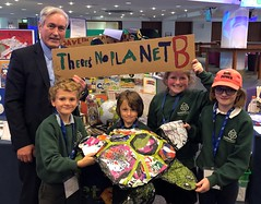 Meeting Humbie primary pupils at science conference
