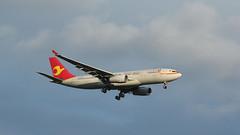 from China (ƒliçkrwåy) Tags: b8776 airbus a330 a330200 a330243 tianjin airline aviation aircraft lhr egll heathrow