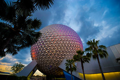 Spaceship Earth (KC Mike Day) Tags: earth spaceship epcot disneyworld disney florida ball geosphere colors dusk evening sky trees palm