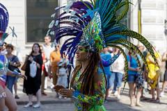 SO8A4103 (Risto Kuisma) Tags: costume carnaval colours canon happy höyhenet helsinki eos europe feather finland summer sulka samba sambacostume sambacarnaval2019 samba2019
