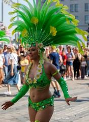 SO8A3800 (Risto Kuisma) Tags: costume carnaval canon colours colour green happy helsinki höyhenet hymy finland feather finlande summer samba sulka suomi smile samba2019 sambacostume sambacarnaval2019 streetphoto