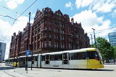 UK - Manchester tram (onewayticket) Tags: tram transport urban metrolink bombardier m5000 bombardierm5000 building architecture