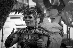 SO8A3230 (Risto Kuisma) Tags: costume canon carnaval blackandwhite monochrome portrait feather finlande finland summer samba sulka suomi samba2019 sambacarnaval2019 sambacostume outdoor streetphoto