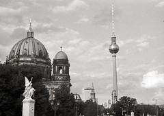 Berlin, 2019 (Alfonso Lazo) Tags: leica m6 hp5 xtol 11