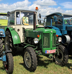 Czech tractor (Schwanzus_Longus) Tags: oyten german germany czech old classic vintage vehicle farm farming machine zetor 50 super