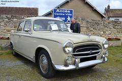 Peugeot 403 (Monde-Auto Passion Photos) Tags: voiture vehicule auto automobile peugeot 403 berline beige ancienne classique rare rareté collection rassemblement france courtenay