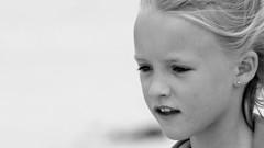 Cute portrait (patrick_milan) Tags: girl child children blond enfant fille fillette portrait