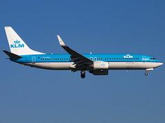 KLM Royal Dutch Airlines | Boeing 737-8K2(WL) | PH-BXG (Bradley's Aviation Photography) Tags: egll lhr london londonheathrowairport londonheathrow heathrow heathrowairport canon70d aircraft aviation avgeek aviationphotography klm 737 b738 boeing7378k2wl phbxg klmroyaldutchairlines