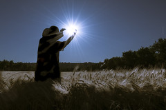 Atrápame si puedes (*Nenuco) Tags: arasdelosolmos spain sol sun sunrise d5300 nikon nikkor 18105 blue azul jesúsmr