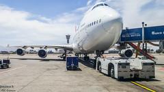 Qantas Boeing 747 (JonathanSzt) Tags: qantas boeing 747 b744 aviation airplane queenoftheskies spotting airport