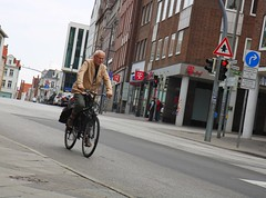 freewheeling.. (erlingraahede) Tags: street people germany lübeck canon vsco