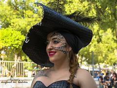 DSC_5185 (miguelmoll387) Tags: alicante comunidadvalenciana elda fiestas fiestaspopulares desfile morosycristianos cara face rostro woman mujer nikon nikond7100 sigma sigma1770 españa spain