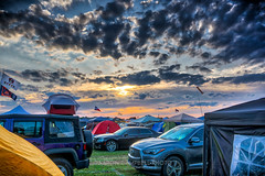 Setting Sun over Bonnaroo, 2019.06.15 (Aaron Glenn Campbell) Tags: bonnaroo musicfestival coffeecounty manchester tn tennessee tents sunshades popups flags vehicles vip thetower thearch theferriswheel thefarm sky clouds sunlight outdoors optoutside nikcollection colorefexpro viveza 3xp ±3ev hdr macphun skylum aurorahdr sony a6000 ilce6000 mirrorless sigma 19mmf28exdn primelens wideangle emount