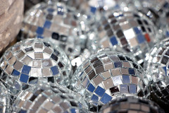 Tiny Disco Balls (JB by the Sea) Tags: glenellen sonoma sonomacounty california winecountry sonomavalley june2019 winery vineyard valleyofthemoonwineryatmadroneestate valleyofthemoon madroneestate